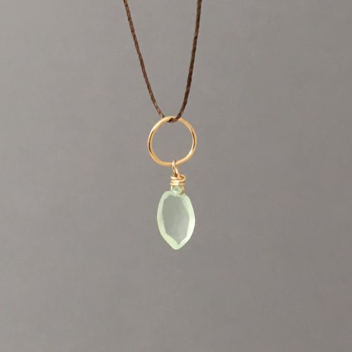 green chalcedony string main