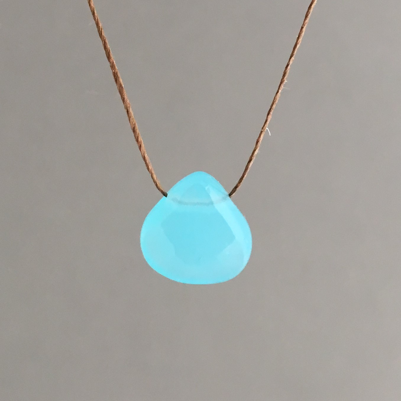 en light blue jewelry crystal necklace